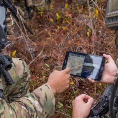 تصویر طراحی وسایل IoT نظامی