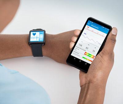 تصویر کیت طراحی،فشار خون را با حسگر نوری اندازه گیری میکند